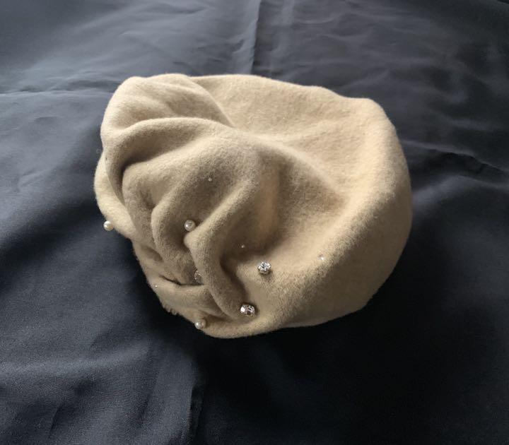 日本製【アンテプリマ】煌めきビジュ付き可愛いウールベレー帽 ベージュ_画像3
