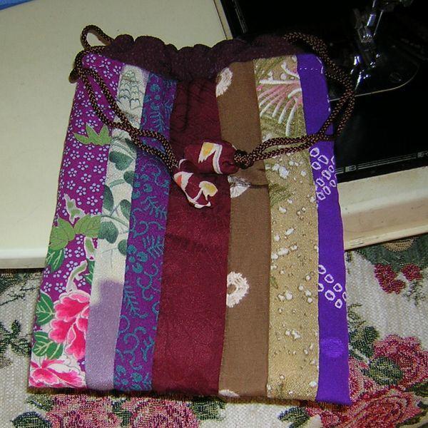 【自作・手作り】正絹の巾着 #袋 #和装 #絹 #シルク #小物入れ #バッグ #和服 #着物 #七五三 #成人式 #晴れ着 #プレゼント #贈り物_画像1