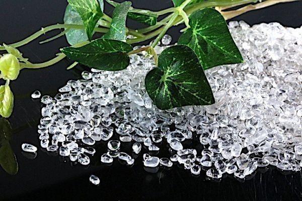 【送料無料】 200g さざれ 小サイズ AAAランク クオーツ 水晶 パワーストーン 天然石 ブレスレット 浄化用 さざれ石 チップ ※1_画像1