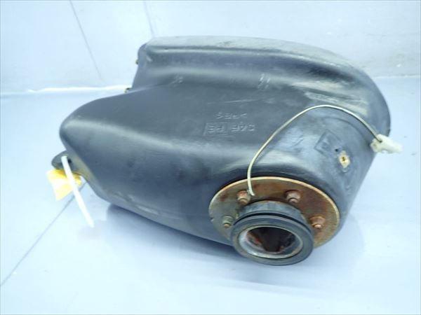 βAW05-5 スズキ ストリートマジック50 CA1LB TR50S (H9年式) 燃料 タンク フューエルタンク 漏れ無し_画像1