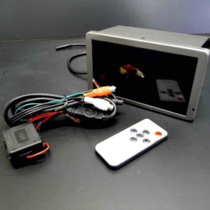 200系ハイエース ワイド専用設計 ビルトインモニター_画像2