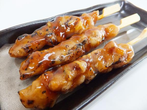 【即決】 炭火 焼鳥 もも串 たれ 27g×50本×6箱 焼き鳥 やきとり もも モモ 串 鶏肉 とり トリ 鶏 焼鳥丼 イベント 文化祭 【水産フーズ】_画像1