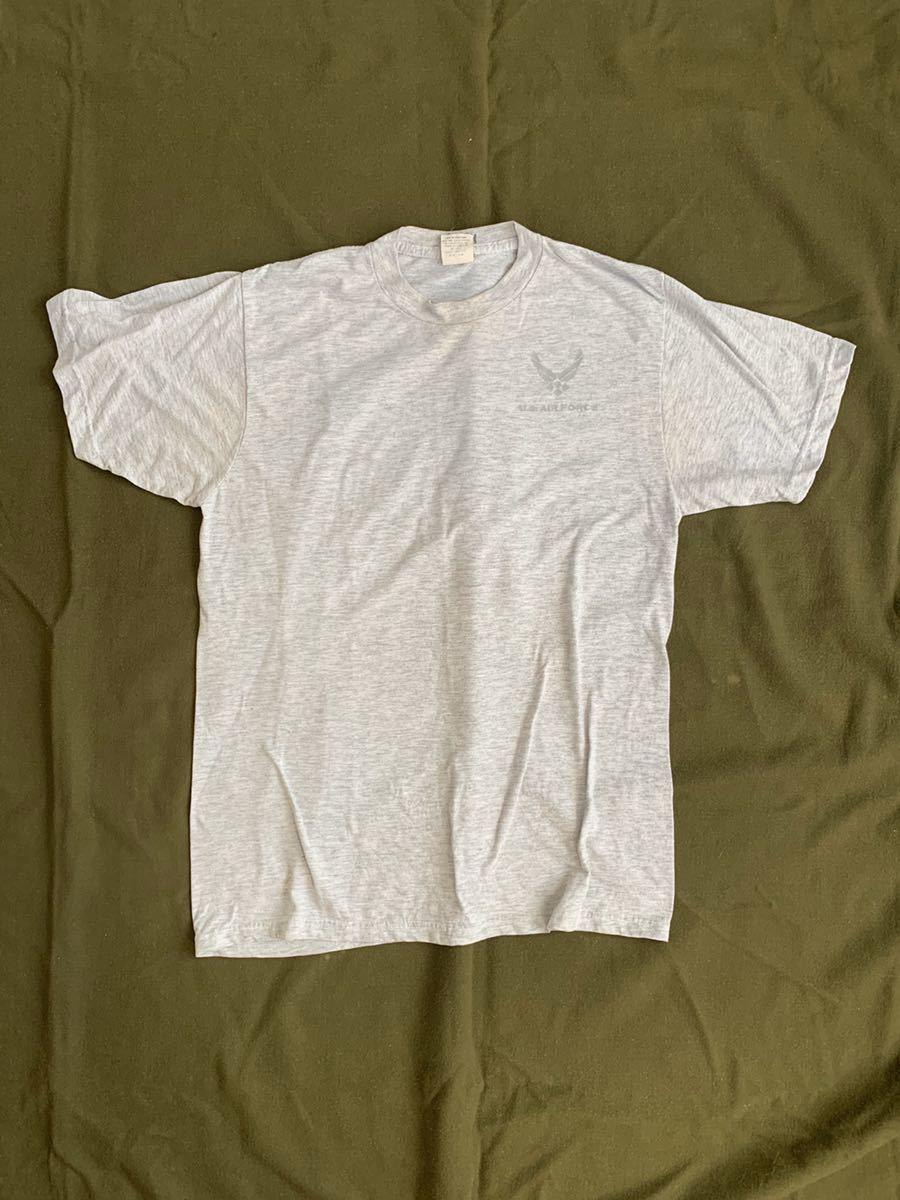 米軍 放出品 実物 半袖Tシャツ サイズ M グレー USAF U.S. AIR FORCE エアフォース 空軍 バックプリント シンプル T_画像1