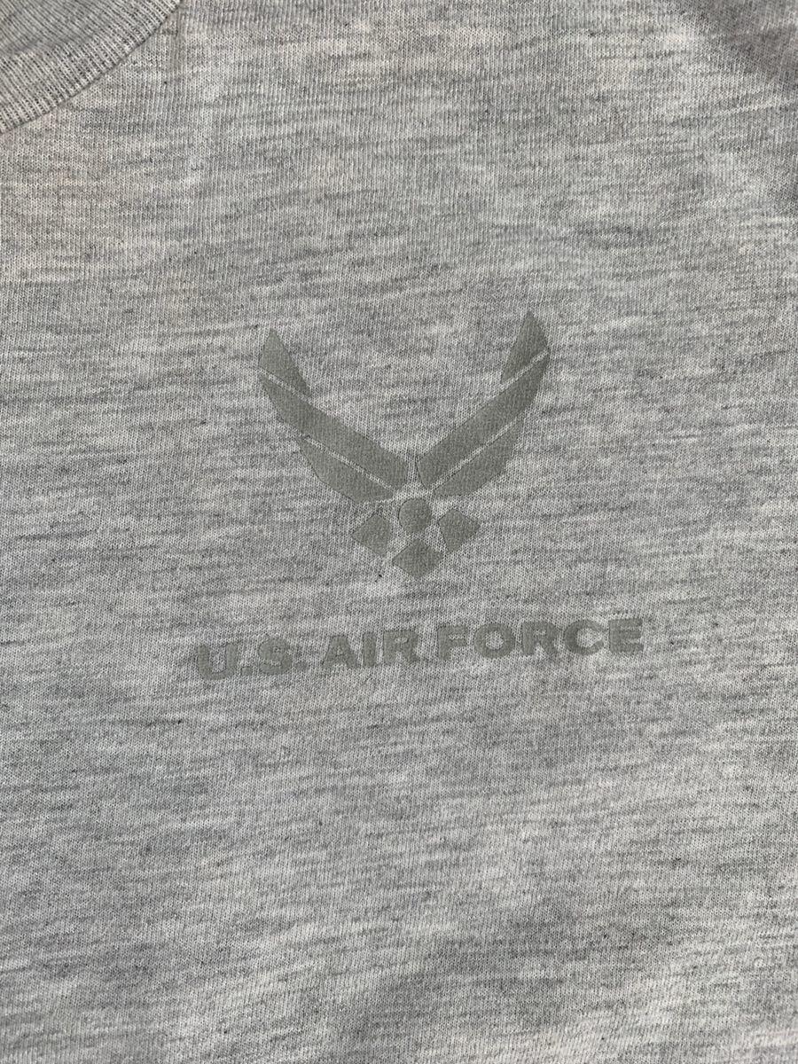米軍 放出品 実物 半袖Tシャツ サイズ M グレー USAF U.S. AIR FORCE エアフォース 空軍 バックプリント シンプル T_画像2