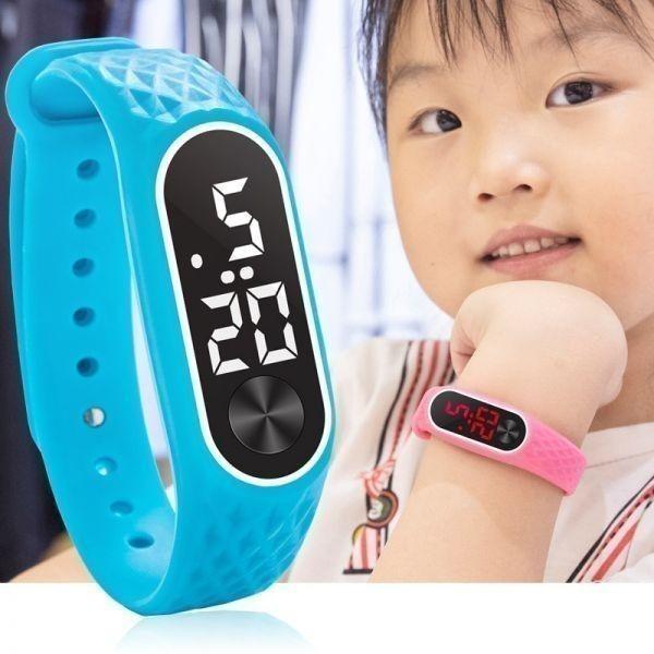 子供の腕時計 Led デジタルスポーツウォッチ少年少女メンズ ・ レディース ・ 電子シリコンブレスレット腕時計リロイニノ Sky Blue White_画像6