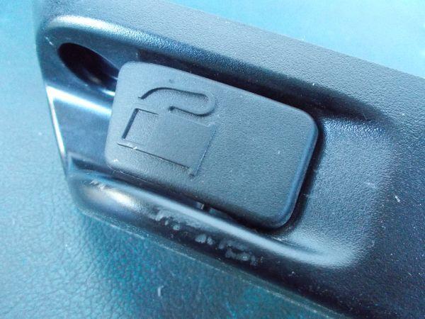 トヨタ プリウス Sツーリングセレクション G's ZVW30 - 給油口オープンレバー  オープナー - 465-121-A_画像5