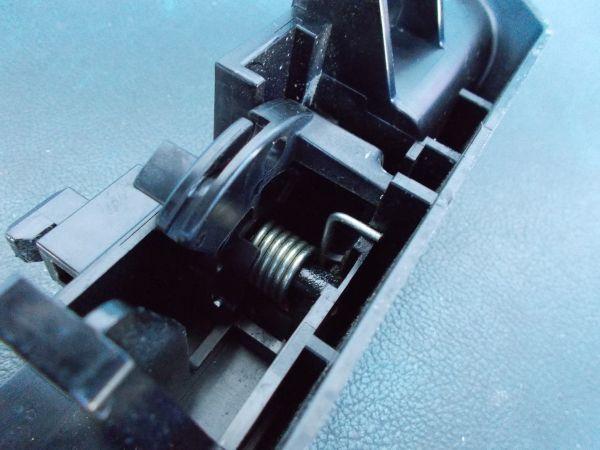 トヨタ プリウス Sツーリングセレクション G's ZVW30 - 給油口オープンレバー  オープナー - 465-121-A_画像3
