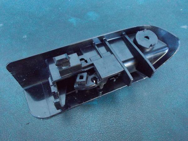 トヨタ プリウス Sツーリングセレクション G's ZVW30 - 給油口オープンレバー  オープナー - 465-121-A_画像2