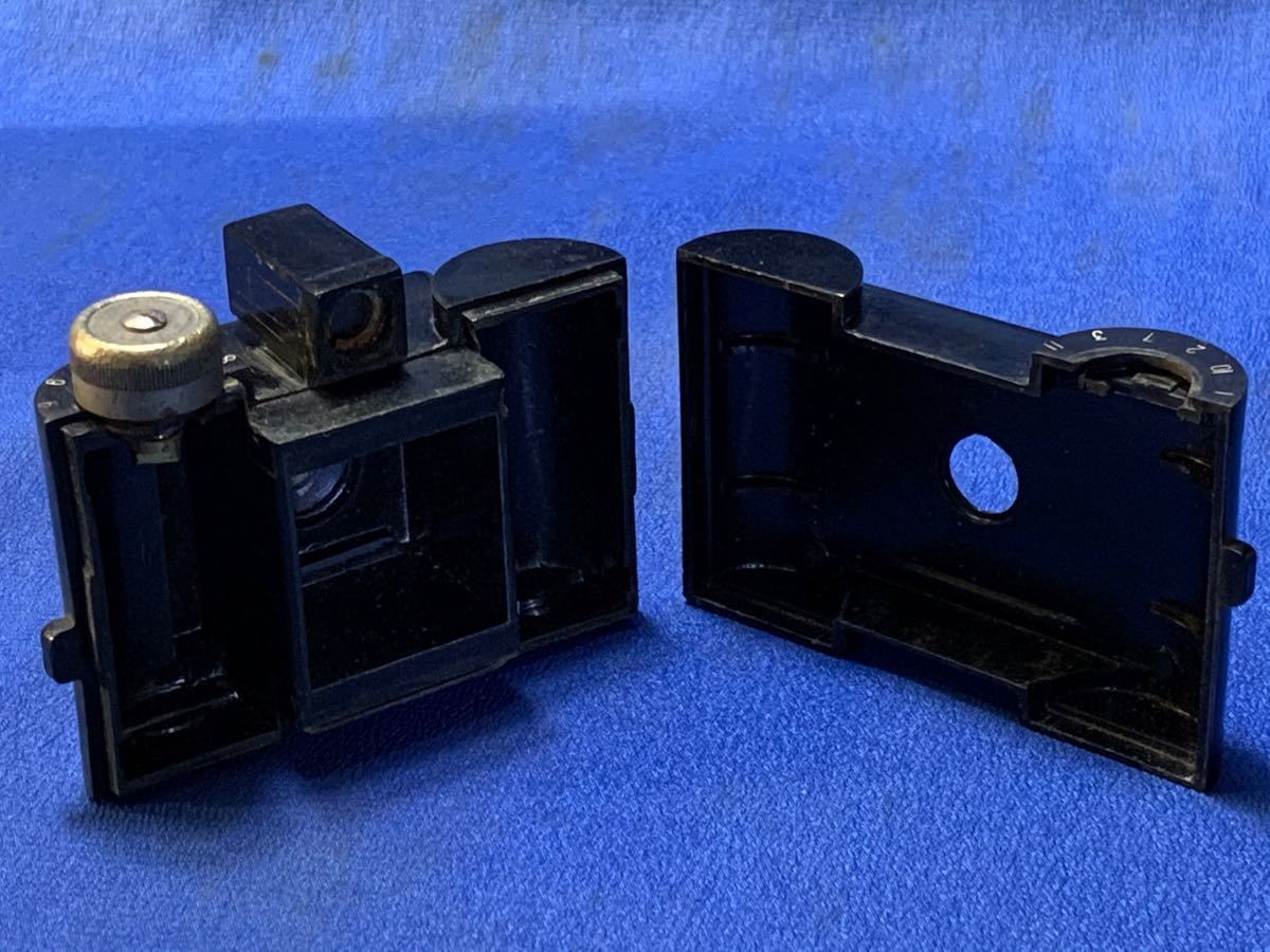 アンティーク 豆カメラ『 Bolex 』Reg.Trade mark NO.10.654 I.J.P.B.ミゼット判フィルムミニカメラ 共革製ケース付き_画像7