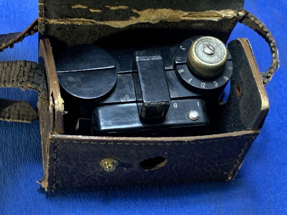 アンティーク 豆カメラ『 Bolex 』Reg.Trade mark NO.10.654 I.J.P.B.ミゼット判フィルムミニカメラ 共革製ケース付き_画像8