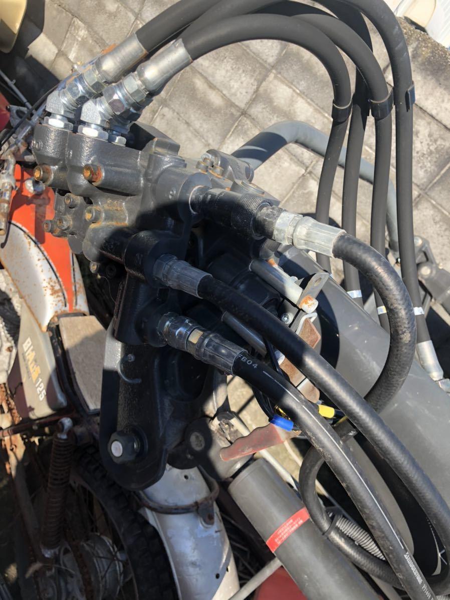 お得 クボタ グレイタスローダ 580kg 美品 トラクター ローダー_画像6
