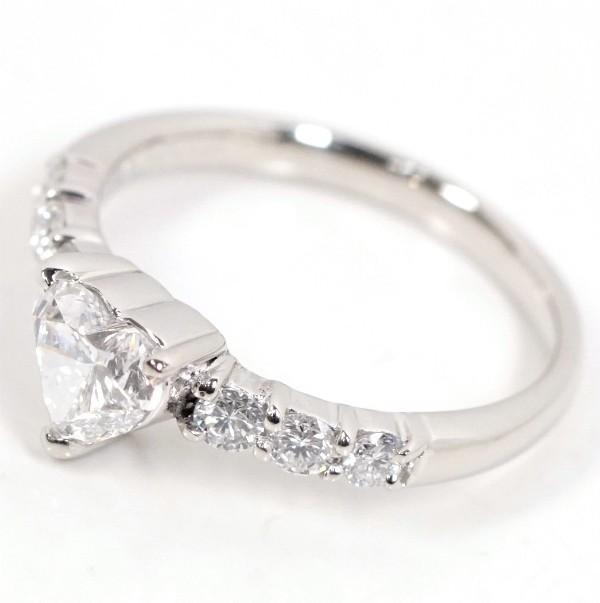ハートシェイプカットダイヤモンド0.558ct Eカラー SI2 / ダイヤ0.23ct Pt900 リング_画像2