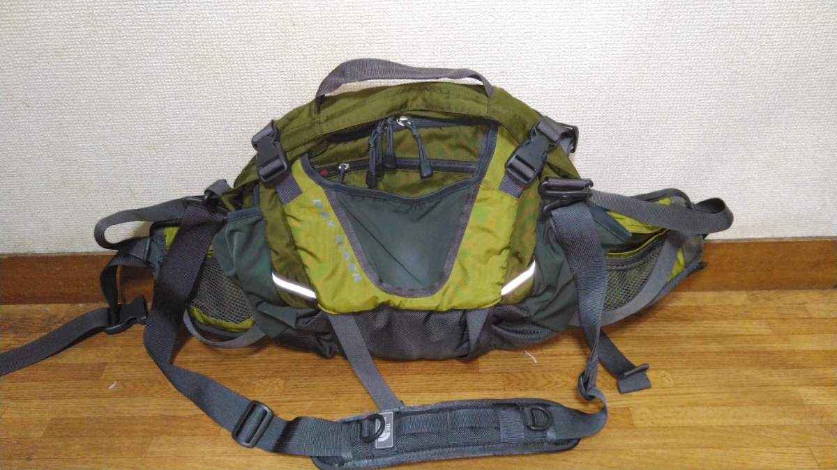 12Lでお手軽!THE NORTH FACE 3Way バッグ DAY HIKER