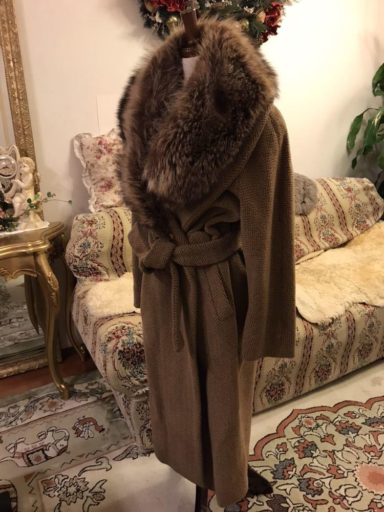 最高級本物正規品フェンディFENDIウール&アルパカ毛皮襟付キャメル色ロングコート40、42sizeの方リアルファークリスマスパーティーITALY製_画像2