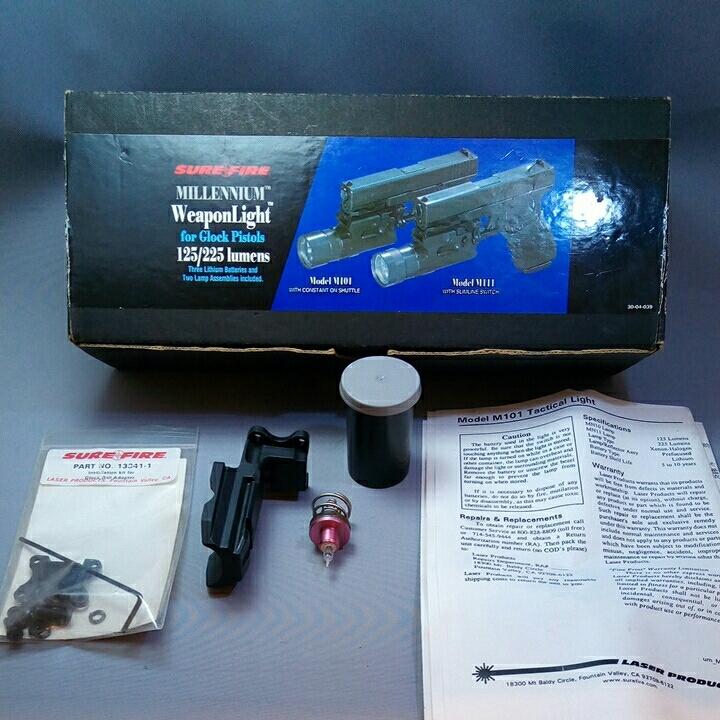 本体なし SUREFIRE MILLENIUM Weaponlight M101 LASER PRODUCTS GLOCK MOUNT 箱バルブグロック用マウント ベース
