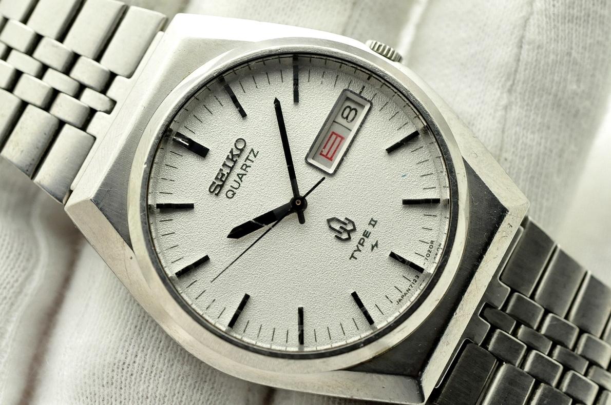 セイコー 1979年製造 ビンテージ タイプ2 メンズ 腕時計 クォーツ シルバー 純正ベルト SEIKO TYPE2 QUARTZ VINTAGE 7123-7010