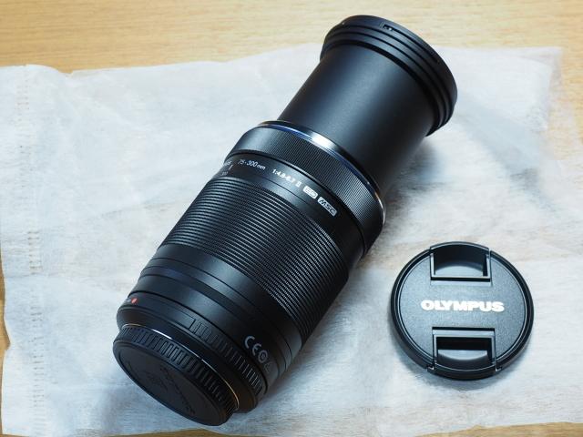 オリンパス M.ZUIKO DIGITAL ED 75-300mm F4.8-6.7 II + 純正フード付 LH-61E_画像3