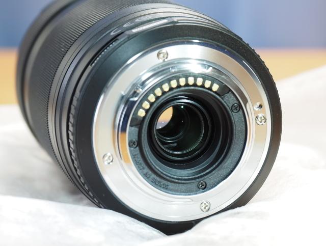 オリンパス M.ZUIKO DIGITAL ED 75-300mm F4.8-6.7 II + 純正フード付 LH-61E_画像6