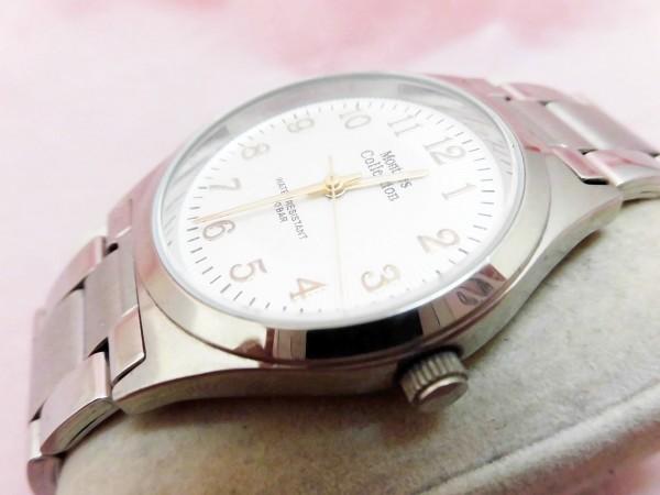 1742 Montres Collection 腕時計 モントレスコレクション MC-2500 銀色 文字盤白色 メンズ クオーツ【 動作可・除菌クリーニング済】_画像2