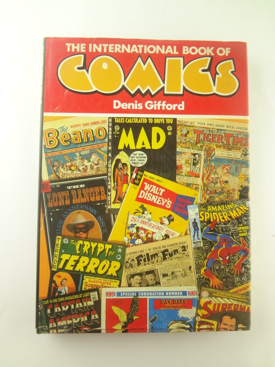 The International Book of Comics アメコミ Spiderman Superman Disney Tarzan Hulk Batman
