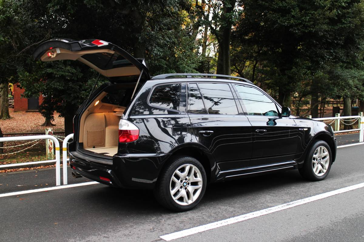 ■低走行車&ハイセンスなBMW SUV