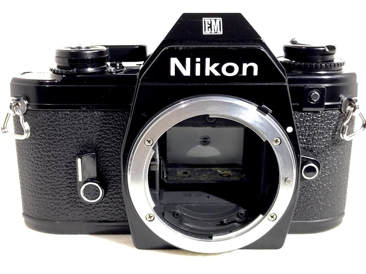 【美品】 Nikon EM ニコン SLR 一眼レフ マニュアルフォーカス #262