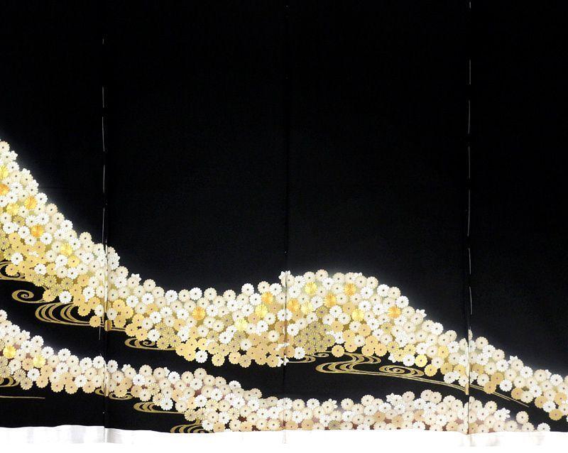 ※お仕立付!特撰万葉菊流水祝文☆京友禅工芸と手刺繍工芸黒留袖【即決価格】_画像4