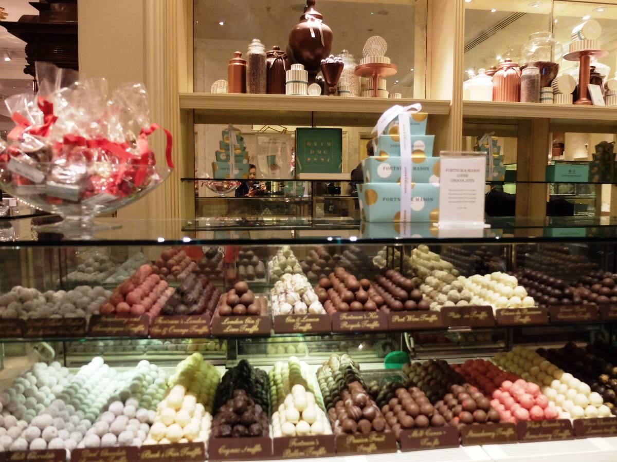 バレンタインにも【ミルクチョコレート・セレクションボックス 120g】ひと粒ずつが宝もの~フォートナム&メイソン_画像6