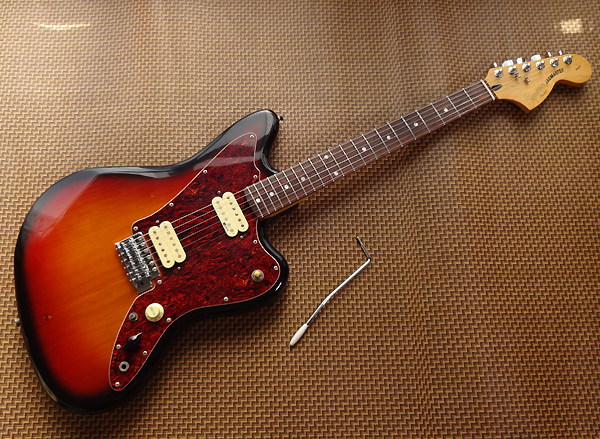 Squier Jagmaster + SUSTAINER VINTAGE MODIFIED SERIES ジャグマスター サスティナー So