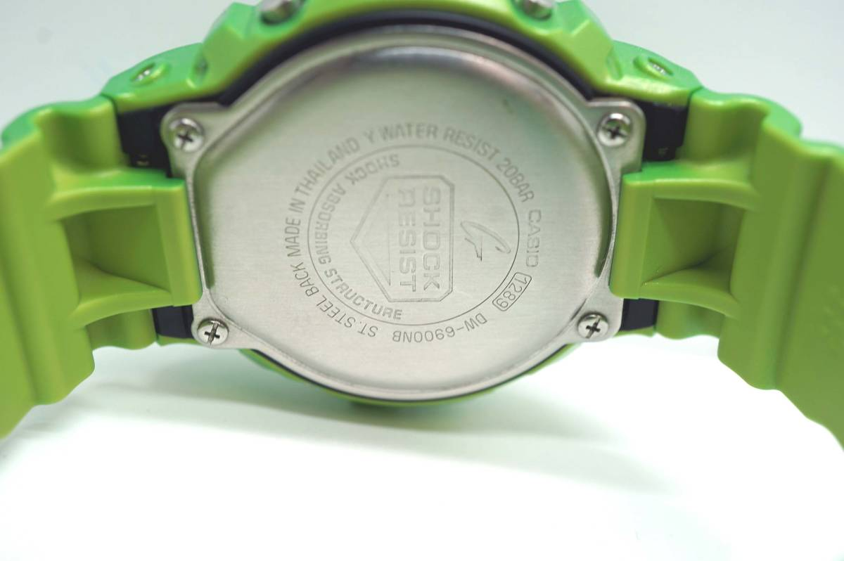 1円~美品 CASIO G-SHOCK Metallic Colors DW-6900NB_画像2