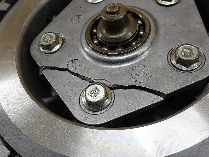 【191206】トライアンフ タイガーエクスプローラーABS '13■ クラッチ クラッチハウジング 【エンジンパーツ_画像8