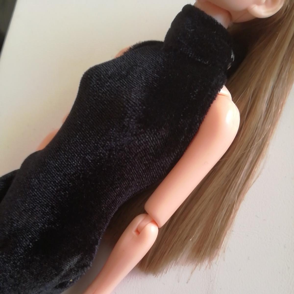 人形用 黒 ベロア ボディコン ハイネック 伸縮性あり ボディスーツ オールインワン 27cm ストレッチ ブラック 1/6ドール momoko バービー_画像4