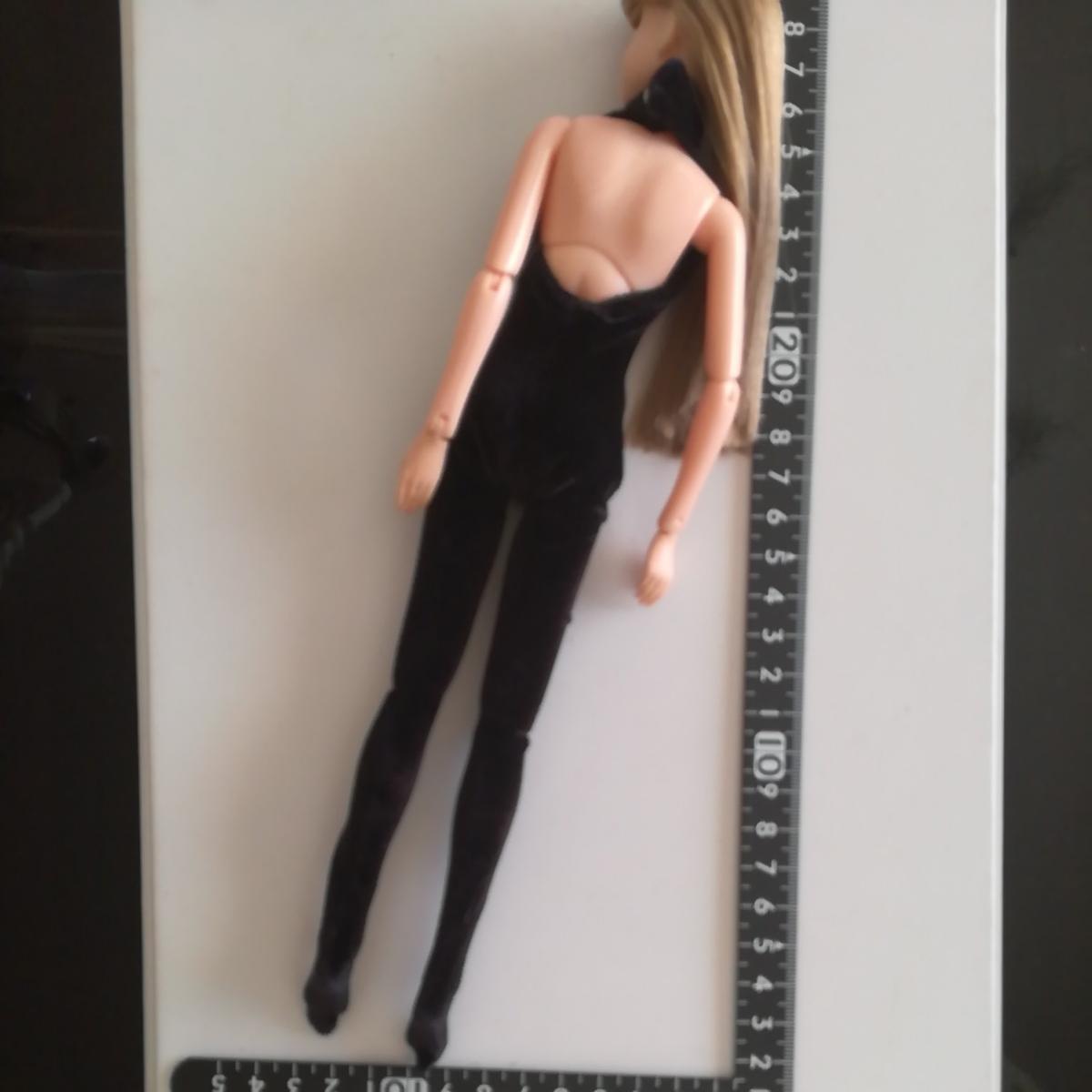 人形用 黒 ベロア ボディコン ハイネック 伸縮性あり ボディスーツ オールインワン 27cm ストレッチ ブラック 1/6ドール momoko バービー_画像5