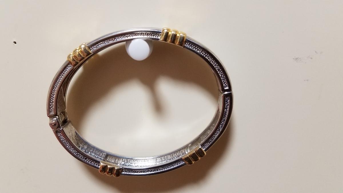 値下げ★送料無料★シルバーブレスレット 腕輪 ジュエリー アクセサリー 海外にて購入品_画像4
