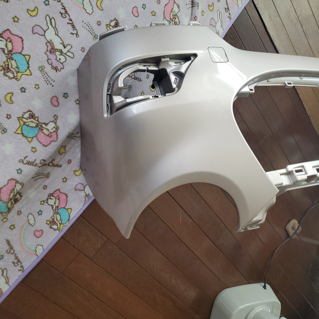 ダイハツキャストスタイル カラーT 16 フロントバンパー新品参考価格  37300円です_画像2