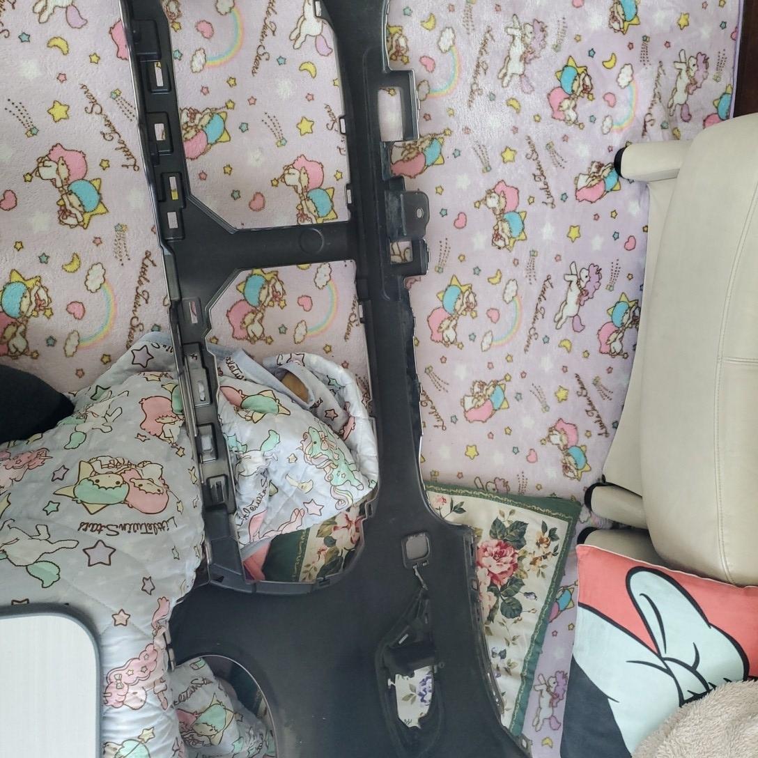 ダイハツキャストスタイル カラーT 16 フロントバンパー新品参考価格  37300円です_画像7