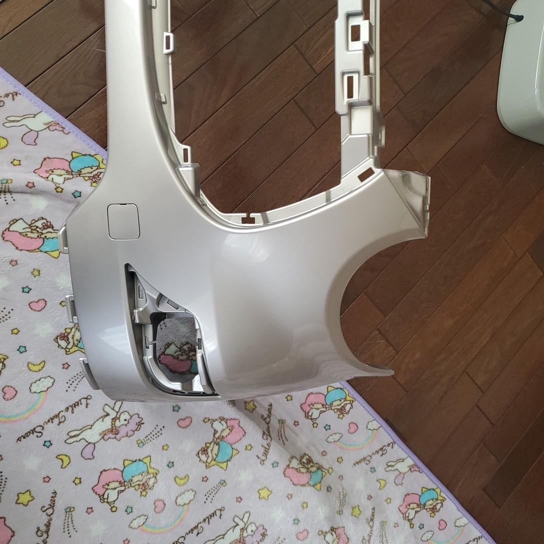 ダイハツキャストスタイル カラーT 16 フロントバンパー新品参考価格  37300円です_画像3