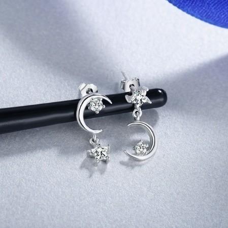 B80 1円~ 新品 銀シルバー ファッション 星と月のクリスタルピアス 左右対称でないイヤリング 揺ら揺らイヤリング 女性_画像9
