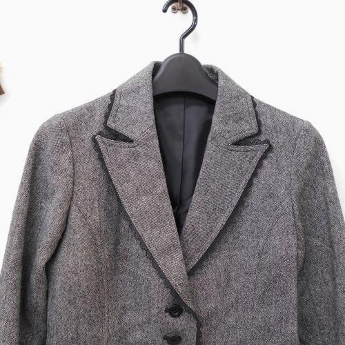 全日本婦人子供服工業組合連合会 レディース ウール混 9号 縁取り レース が綺麗な ジャケット フォーマルにも グレー系 入学式_画像2