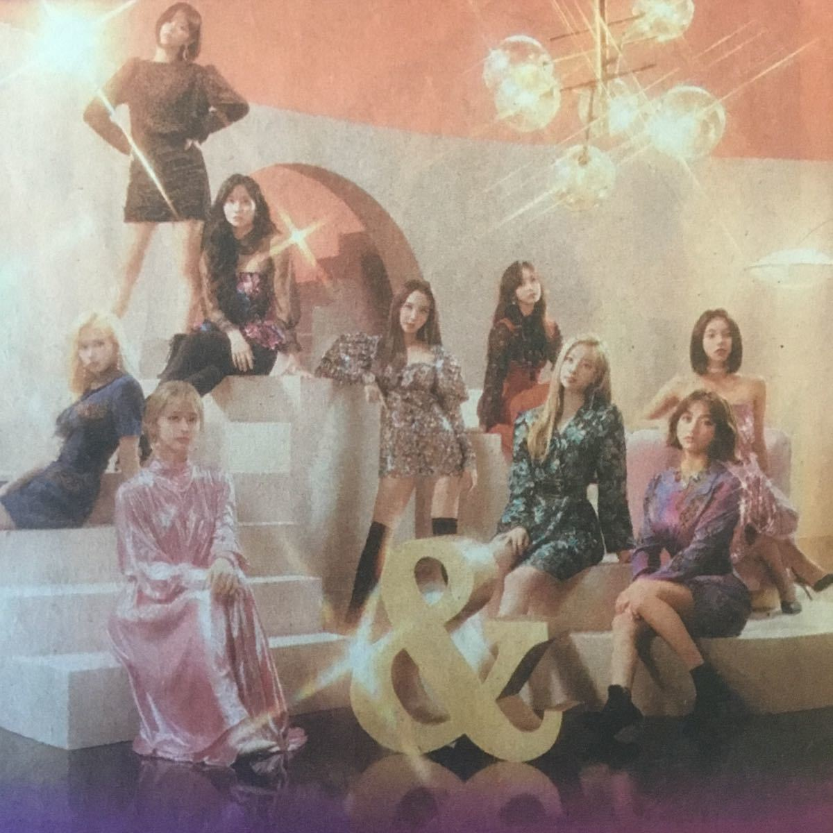 値下↓TWICE WORLD TOUR 2019 東京ドーム追加公演決定 朝日新聞記事紙面191130_画像1