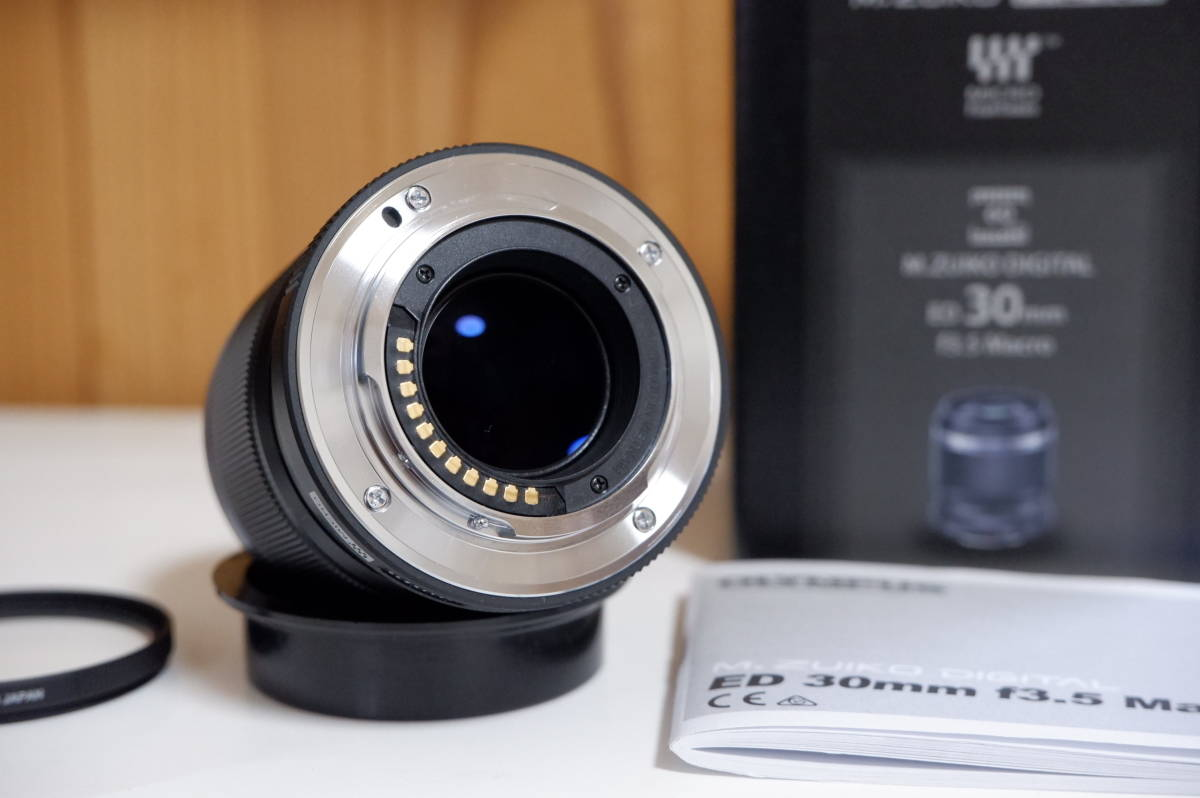 【送料無料】OLYMPUS オリンパス M.ZUIKO DIGITAL ED 30mm f3.5 Macro_画像3