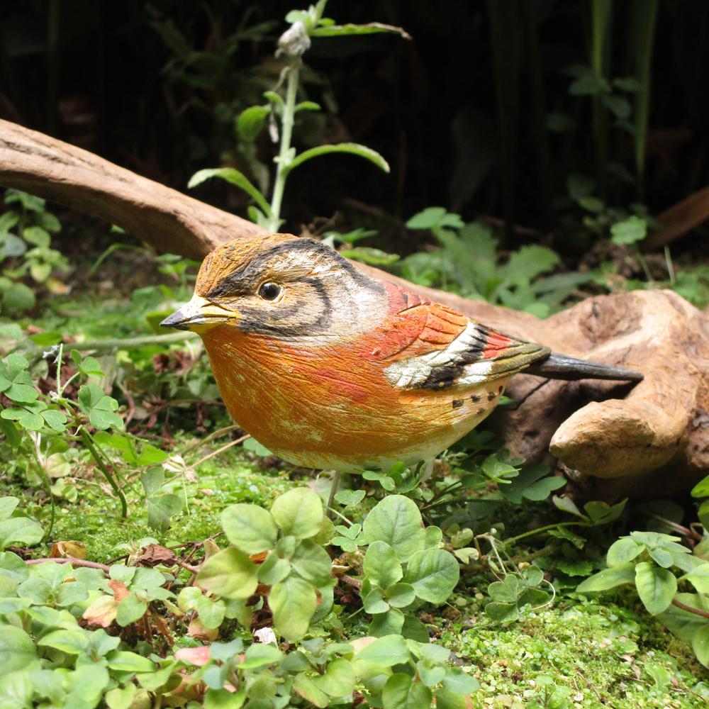 #B04 送料無料 『バードカービング アトリ』 台座付き 木彫り 手作り 鳥 彫刻 インテリア アート 自然 ナチュラル 置物