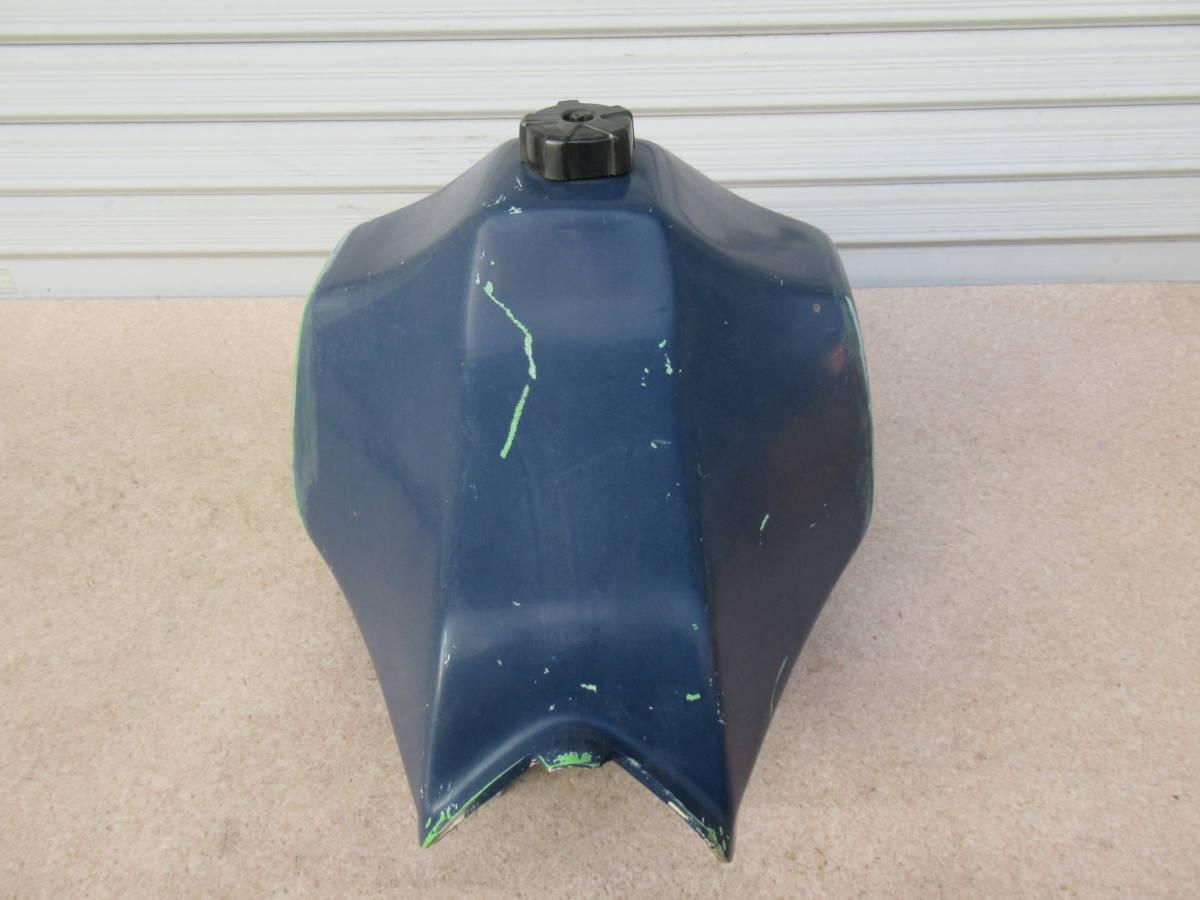 カワサキ KL250 FRP タンク ビッグタンク 中古品 当時物 KAWASAKI PLOT? プロト? ビンテージモトクロス KL250C? A5?_画像4