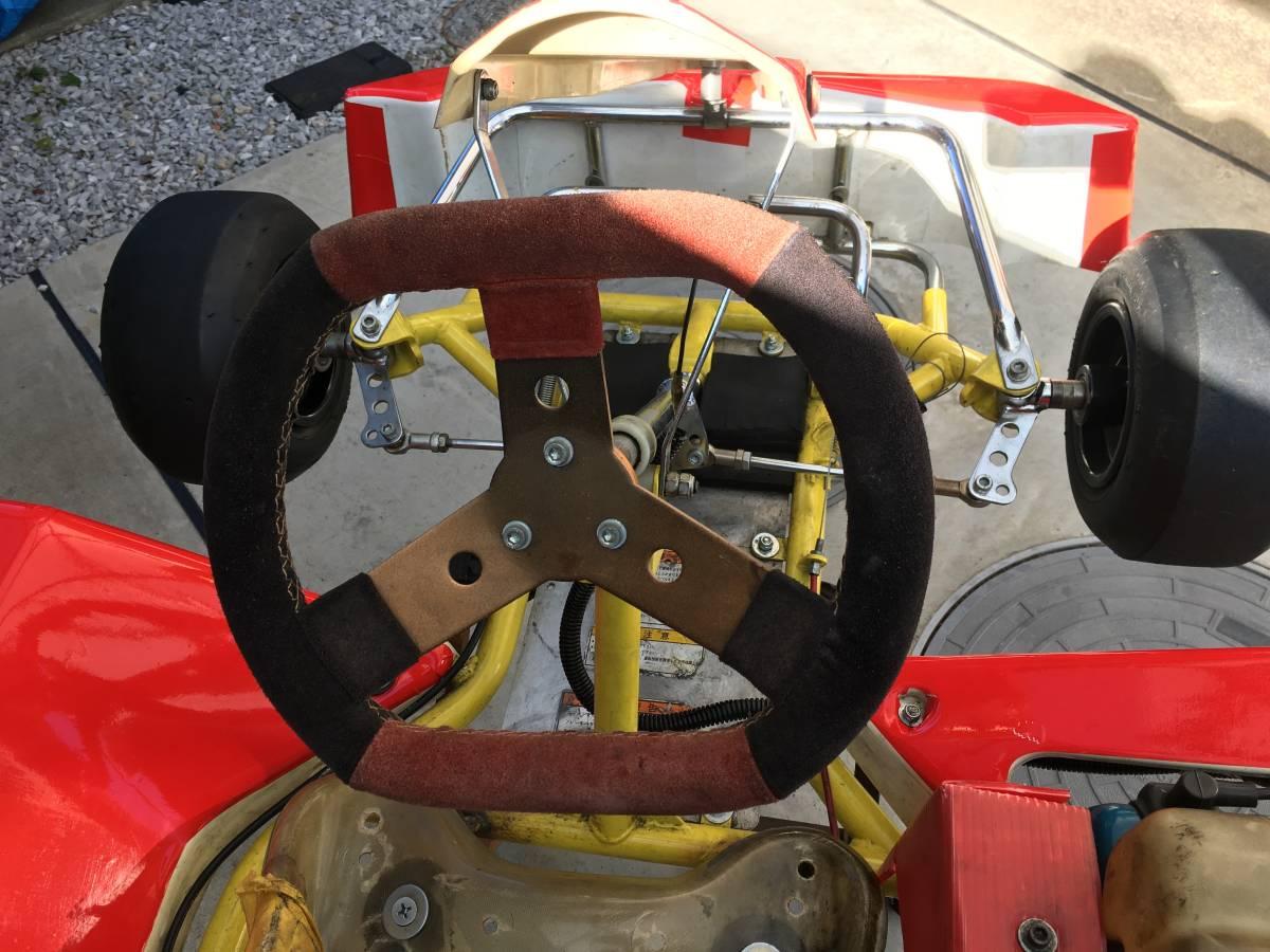 愛知県 YEC アミゴン キッズカート フェラーリ仕様 ロビンエンジン付き カートスタンド付き 引き取り限定_画像6