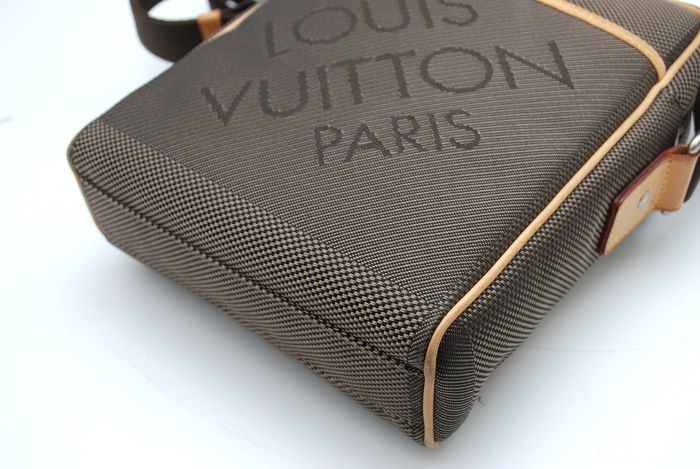 【極美品】 ルイヴィトン Louis Vuitton ダミエジェアン シタダンNM メンズ ショルダーバッグ 斜め掛け テール 鞄 キャンパス 定価約17万