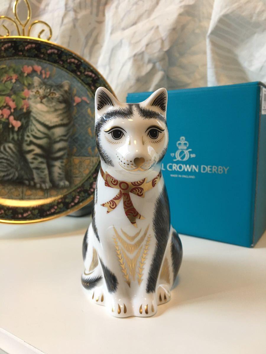 〈送料込〉ロイヤル クラウン ダービー ペーパーウェイト 親猫 Royal Crown Derby Black&White MotherCat フィギュリン フィギュア 黒白猫_画像1