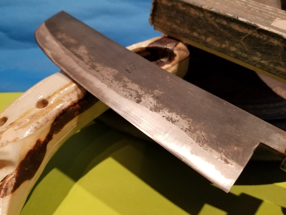 桜東洋 菜切り 包丁 割込 本牛角 箱つき 研ぎ済み_画像4