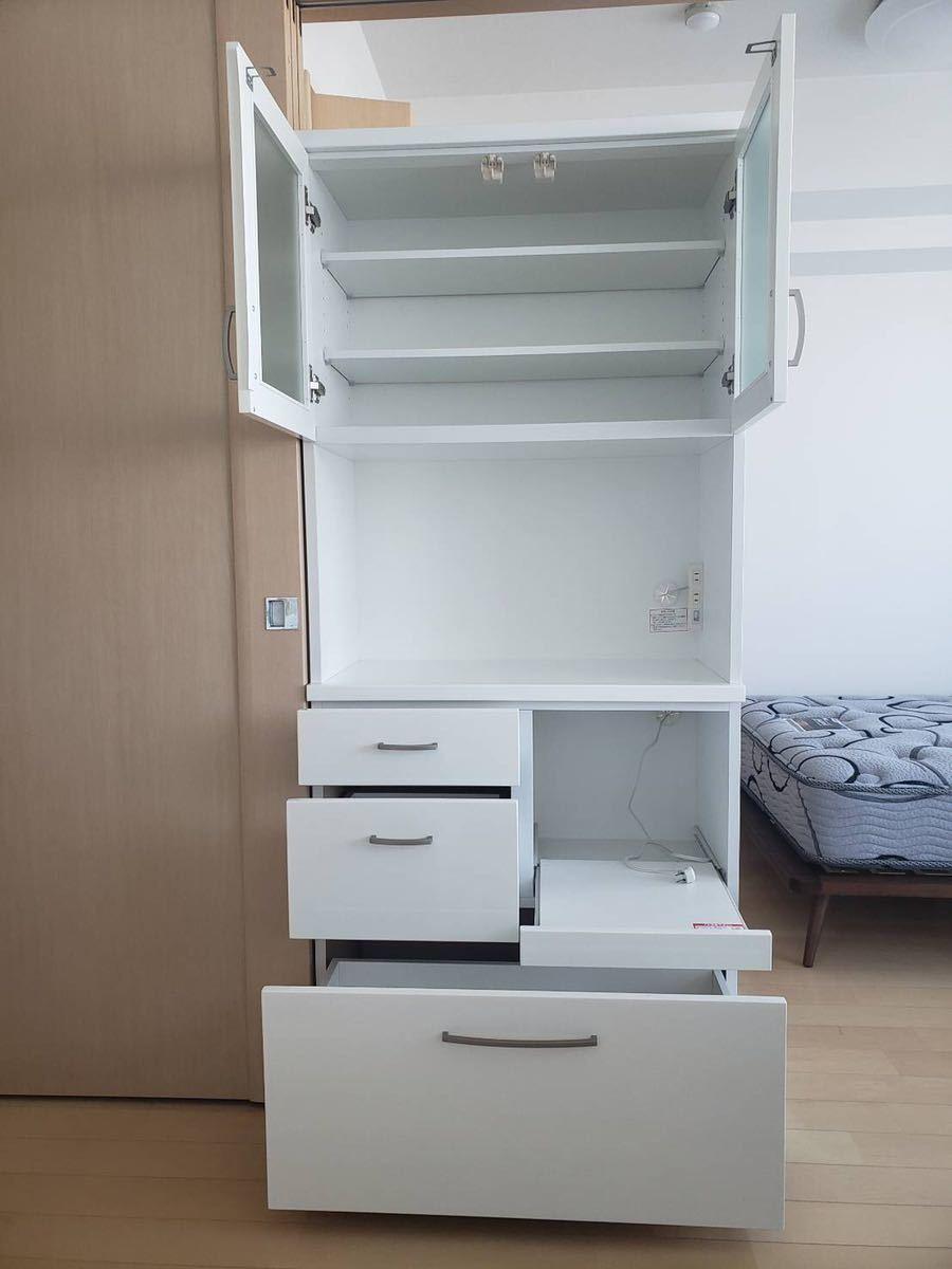 ニトリで購入 食器棚 使用感少なめ 文京区まで取りに来れる方