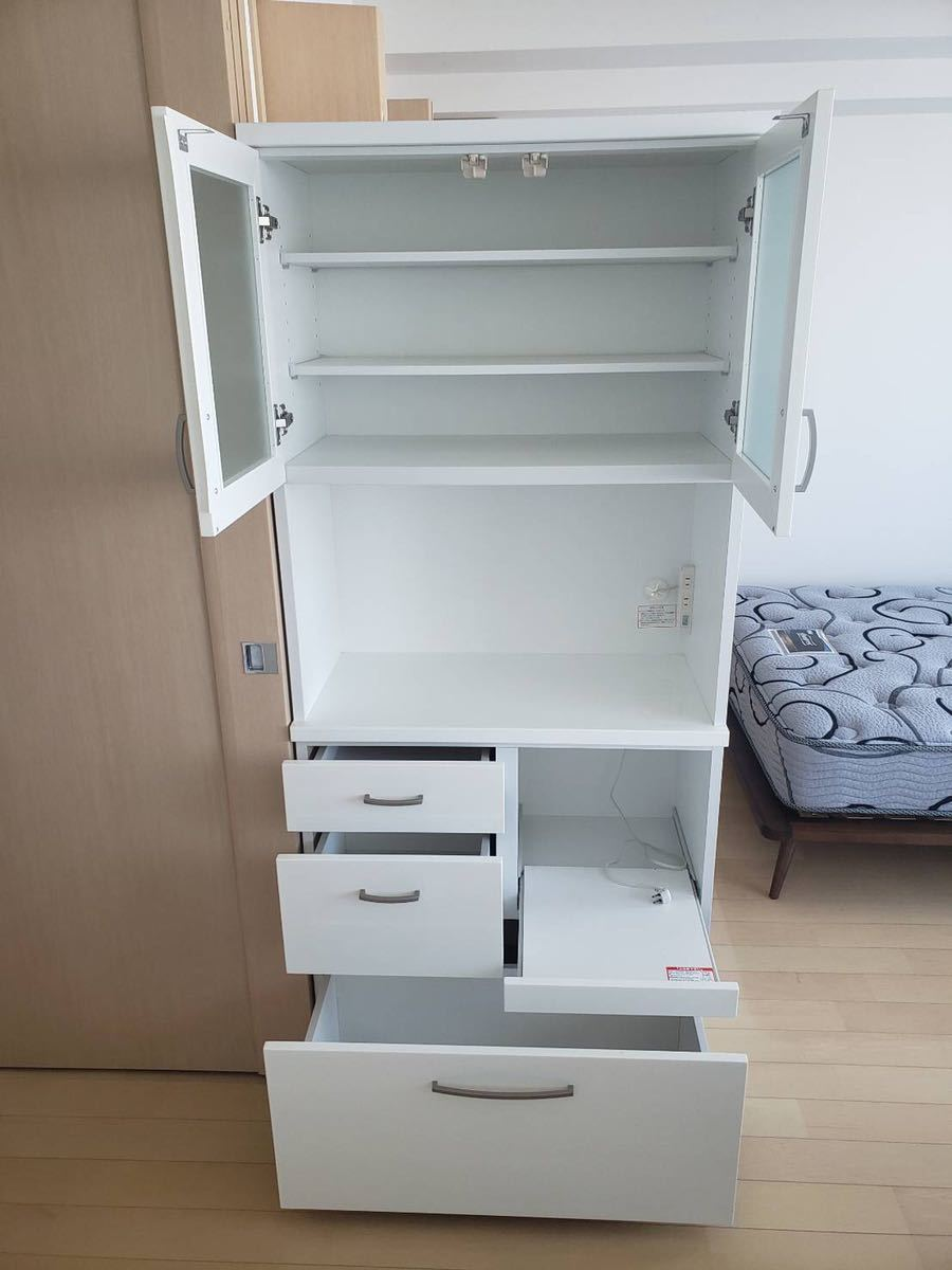 ニトリで購入 食器棚 使用感少なめ 文京区まで取りに来れる方_画像2