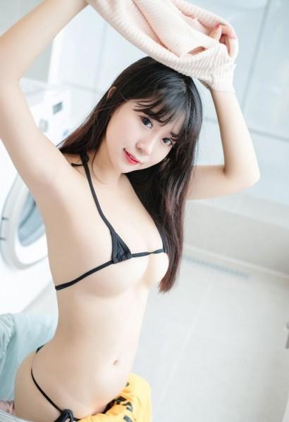 【新品】極小ビキニ水着(黒) セット フリーサイズ レースクイーン キャンギャル エロかわ_画像2